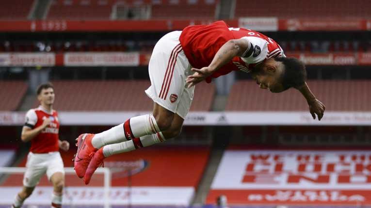 Обамејанг сруши еден важен рекорд на Тјери Анри во Арсенал