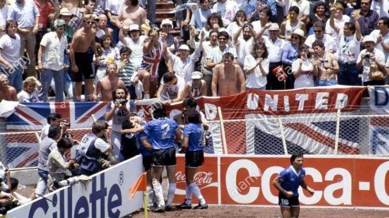 Англичаните уште плачат за тоа што им го направи Марадона пред точно 35 години