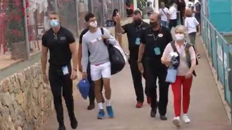 Ѓоковиќ на Мајорка го чуваат четворица телохранители