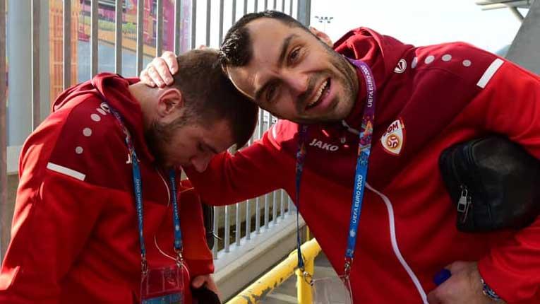 Сите ние сме Стефан Ристовски, плачеме за Пандев (фото)