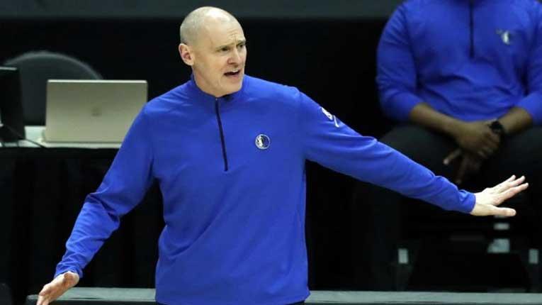 Хаос во Далас: си замина Карлајл, Дончиќ има свој фаворит за нов тренер